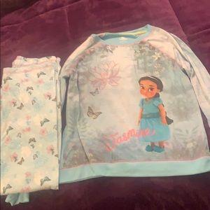 Girl's Disney Store pajama set size 9/10 NWOT